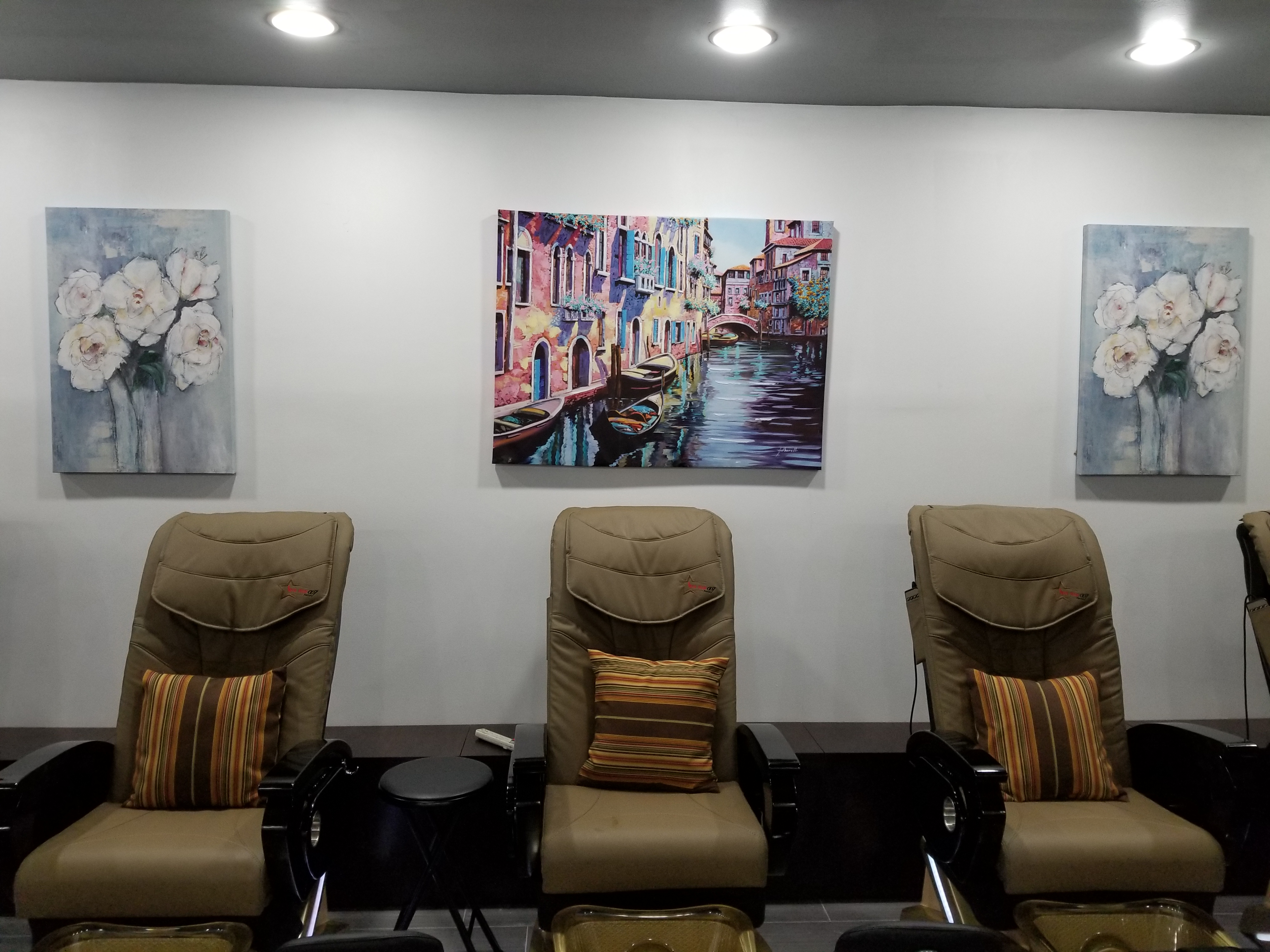 Spa chairs Art